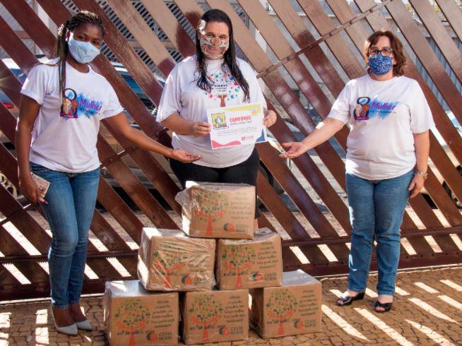 Siemaco Piracicaba doa cestas básicas ao projeto 'Libras de Piracicaba e Região'